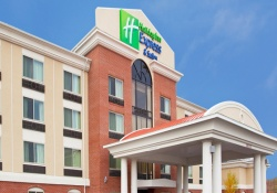 Holiday Inn Express pet friendly hotels in Niagara Falls New York, dogs allowed hotels in Niagara Falls